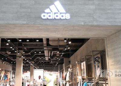 Prodejna Adidas v Olympii Brno
