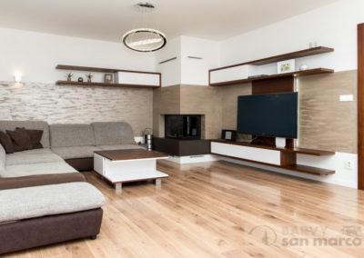 Obývací pokoj s krbem – MARCOPOLO LUXURY